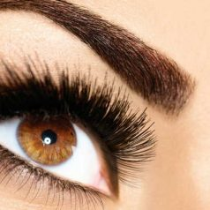 What is the difference between a lash lift and a keratin lash lift?